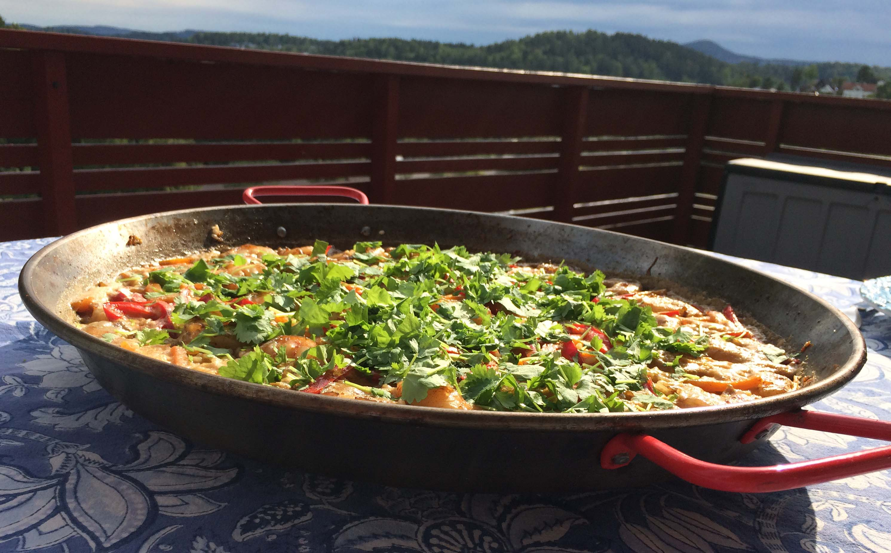 Paella ready to eat
